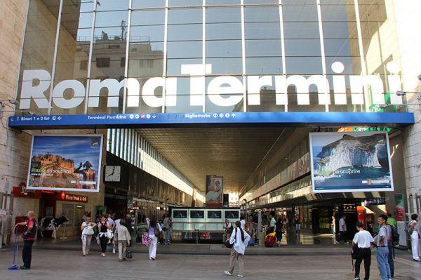 Autonoleggio stazione roma termini noleggio auto pulmini for Affitto ufficio roma stazione termini